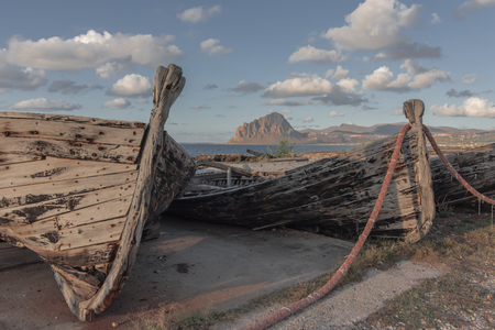 Details of old tuna boats in Sicily Imagens