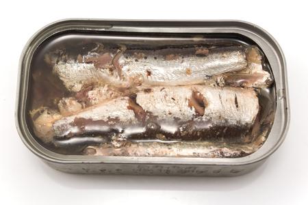 sardinas: Sardinas en aceite en conserva.