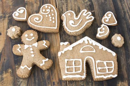 gingerbread cookies: Gingerbread Cookies, Traditional Christmas Cookies.
