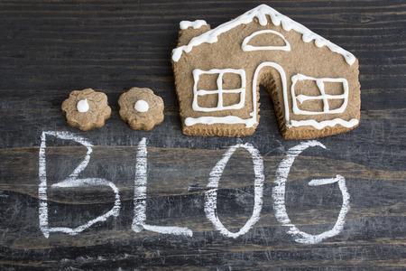 Word Blog with Gingerbread  House. Standard-Bild