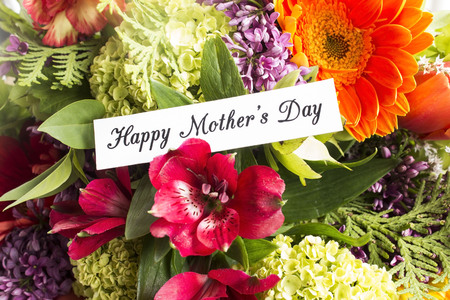 short phrase: Happy Mothers Day,  Greeting Card,  with Bouquet of Spring Flowers.