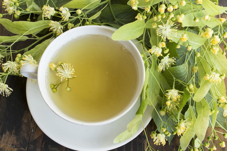 Linden Tea with Linden Flowers. Standard-Bild - 101517056
