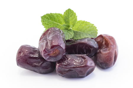 Ripe Dates Fruit Isolated on White. Standard-Bild - 106147766