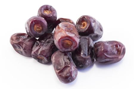 Ripe Dates Fruit Isolated on White. Standard-Bild - 106147768