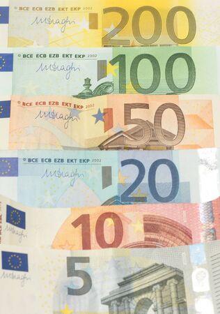 billets euros: billets en euros de l'argent Banque d'images
