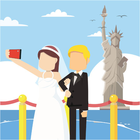 statue liberty: married couple selfie infront statue liberty