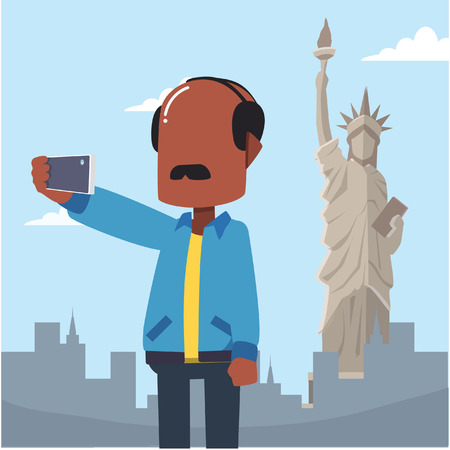 statue liberty: huy selfie tourin front statue liberty