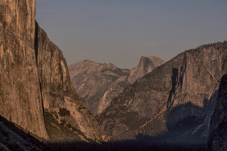 View of the Yosemite Valley from Tunnel View in Yosemite National Park, California Stok Fotoğraf