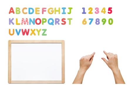 Magnetische alfabet set. Bouw je woord met letters, whiteboard en handen. Kit geïsoleerd op wit.