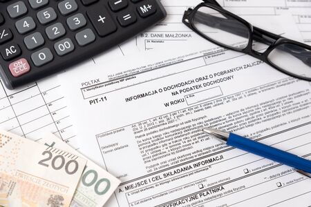Formulaire fiscal polonais. Finances, revenu fiscal, concept de colonies
