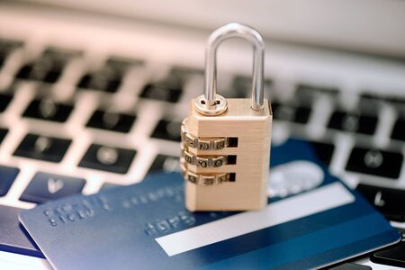 Banking security, credit card and padlock. Bank data, card payment safety concept Imagens