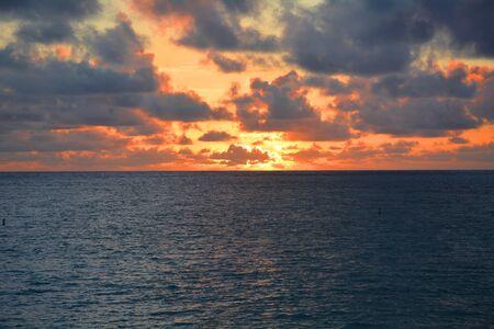 mesmerising: mesmerizing view of sunset in hawaii