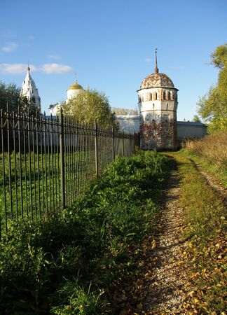 Suzdal. Tower fence Pokrovsky monastery in autumn day Stock Photo