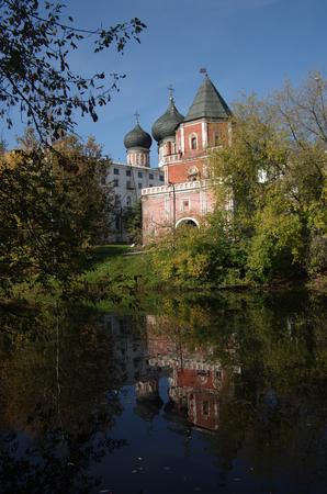 izmaylovskiy: MOSCOW, RUSSIA - September 23, 2015: The Estate Of The Romanovs In Izmailovo