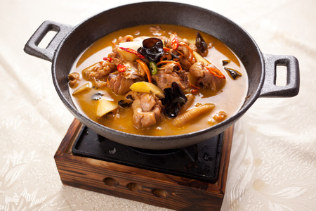 Chinese traditional braised chicken, contains a variety of herbs, ginseng, Chinese wolfberry, Chinese angelica, saffron
