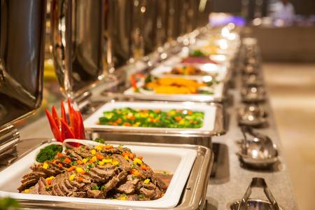 ビュッフェ式レストラン、ホテルのレストラン