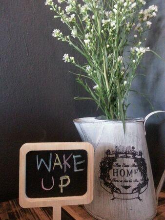 up: Wake up sign