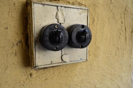 the switch: Interruttori elettrici antichi