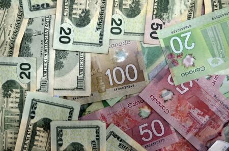 돈, 캐나다 및 달러 지폐