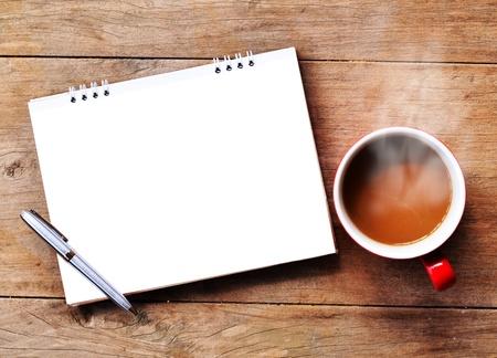 pad pen: caf� OT con la nota de fondo de madera