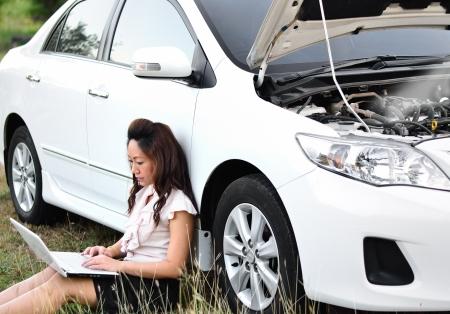breakdown: Business Woman and car breakdown