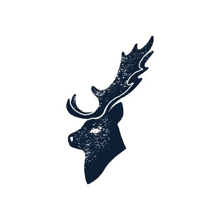 Hand draw head Deer Silhouette Grunge. Vector illustration of a Wild Animal stag Isolated on a white background with a worn texture. Ilustração
