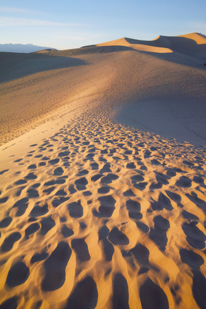 death valley: sand dune in the Death Valley NP Stock Photo