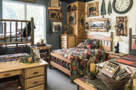 country house style: lodge bedroom