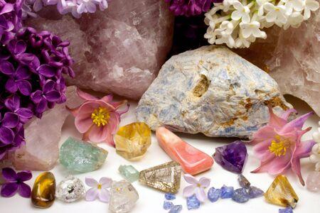 quarz: Healing Stones with Flowers Stock Photo