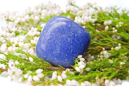 aventurine: Blue quartz (Aventurine) on white heath