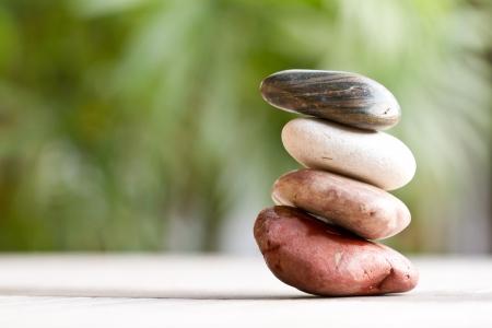 バランスの取れた石