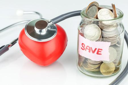 Geld besparen voor medisch concept Stockfoto