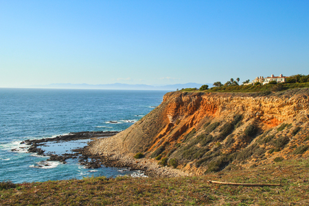 View of seashore cliff in Ranchos Palos Verdes in California Stock Photo