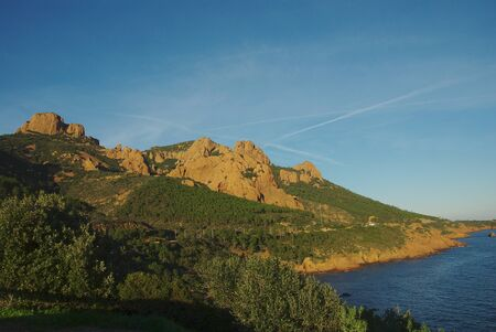 Route along the coast mediteranenne in the department of Alpes Maritimes Banco de Imagens - 77666564
