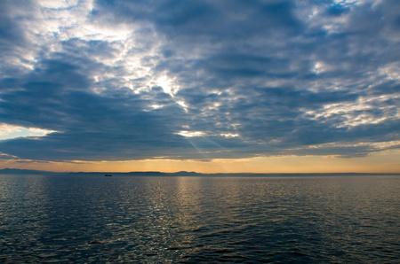 the lumen: Sunset over the Amur Bay
