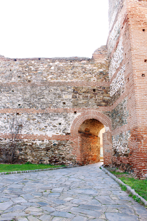 fortified wall: Arc of a fortified wall in Thessaloniki, Northern Greece.