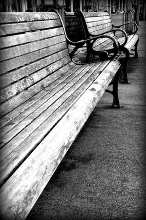 Park benches along the river boardwalk, Portland, Oregon Stock Photo