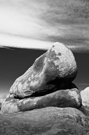 Towering example of the types of rocks found in the Alabama Hills area of California. Stock Photo - 11505876