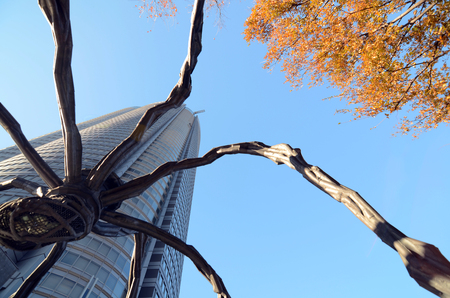 mori: The Spider statue at Roppongi Hills in Tokyo, Japan