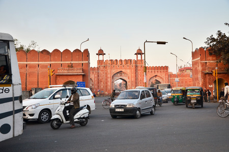 bazar: Jaipur, India - December 29, 2014: People visit Sanganeri Gate, Johari Bazar Road, Near MI road of Jaipur on December 29, 2014. Jaipur is the capital and largest city of the Indian state of Rajasthan in Northern India.