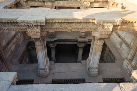 toran: Adalaj Stepwell in Ahmedabad, Gujarat, India Stock Photo