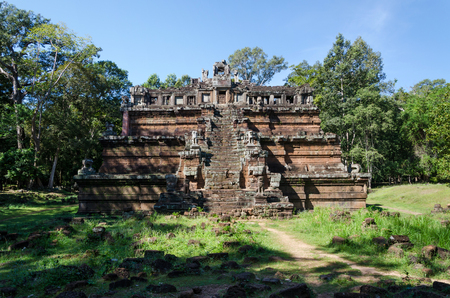 king palace: The celestial temple Phimeanakas is part of the royal palace Angkor Thom in Cambodia Stock Photo