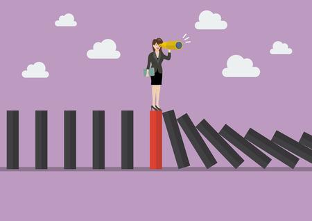 Biznesowa kobieta szuka w strategii biznesowej na czerwonej domino płytce wśród wiele czarnych domina. Być innym pojęciem