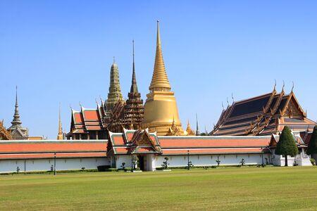 phra si rattana chedi: Wat Phra Kaew from entrance, Bangkok, Thailandhe Emerald Buddha, Thai temple Stock Photo