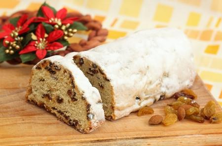 stollen: Christmas cake called twist or stollen