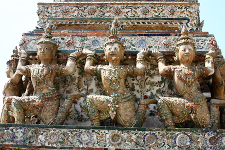 tripple: Temple of dawn bangkok thailand