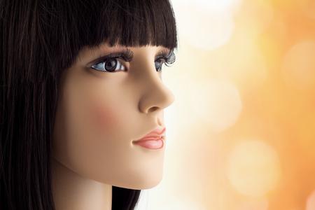 cabeza femenina: falsa cabeza de maniquí con peluca