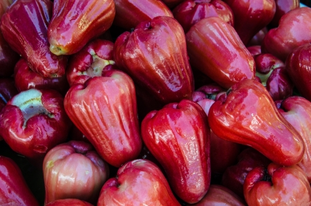 Many Rose apple at street market photo