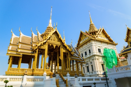 Emerald temple is the landmark of bangkok province (Thailand) photo