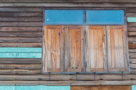 Old wood window Stock Photo - 20027578